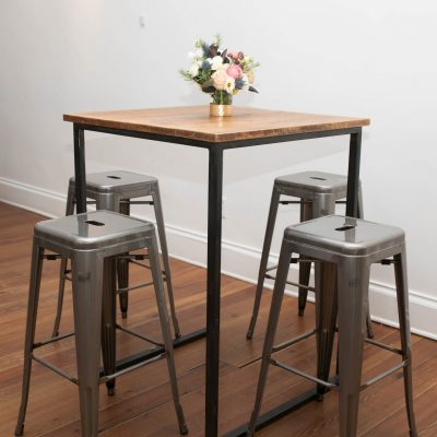 Cocktail Table::Stools